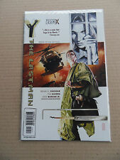 Y : The Last Man 10 . DC / Vertigo 2003 - VF - minus
