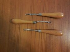 2 Straight 1 bent Latch Hook Rug Hooking Tool with Wooden Handle made in England