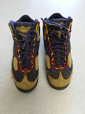 Vintage Nike ACG multi-color, hiking boots. Women's 8 (eur 39)
