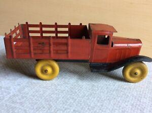 "vintage Wyandotte pressed steel stake truck 9 1/2"""