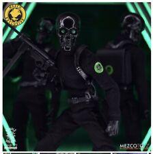 MEZCO TOYZ ONE:12 COLLECTIVE BLACK SKULLS DEATH BRIGADE EXCLUSIVE GOMEZ STEALTH
