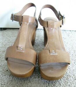 EILEEN FISHER T-strap Brown  Leather and Wood Platform Sandal  Shoe Size 8