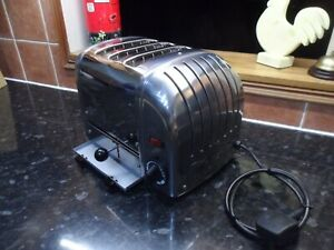Ex Display  Dualit Toaster with 3 extra wide slots