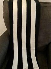 Ikea Eivor Black White Stripe Striped Knit Throw Blanket *Perfect Condition*