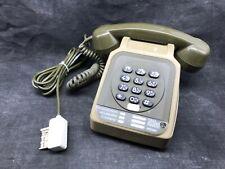 Ancien téléphone à touches SOCOTEL S 63 de couleur marron / 1983