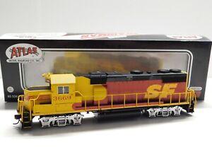 HO Scale - Atlas Silver Santa Fe Kodachrome GP39-2 Diesel Locomotive Train #3669
