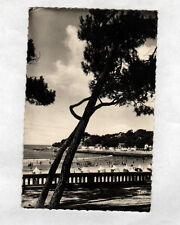 SAINT-PALAIS-sur-MER (17) VILLAS & TENTES de PLAGE animée , POINTE NORD en 1957