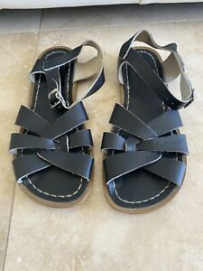 Saltwater Sandals Black Size 4 Women's 6