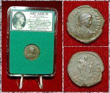 ANCIENT ROMAN EMPIRE COIN OF ARCADIUS VICTORY CROWNS EMPEROR WITH WREATH