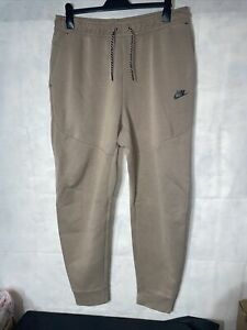 Mens Nike Joggers. Used Size XL