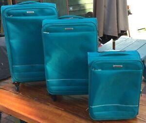 3 Piece Victoria Station Luggage Set. Good used condition. TSA Lock