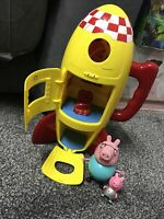 PEPPA PIG'S TOY SPACESHIP ROCKET PLAY SET With Sounds and PEPPA PIG toy figures
