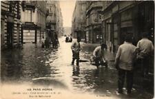 CPA PARIS INONDE 143 Rue de Bellechasse (561788)