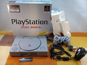 Sony PS1 Playstation 1 SCPH-7002 c +Zubehörpaket Controller + Originalverpackung