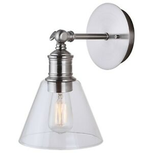 Canarm Larken 1 Light Vanity, Brushed Nickel - IVL628A01BN