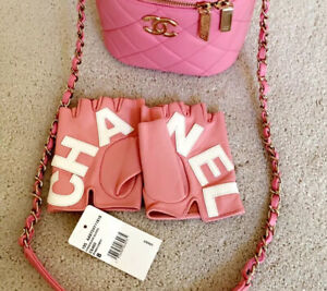 Chanel 19s Pink Lambskin Leather Fingerless Logo Gloves NEW WITH TAGS