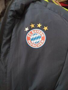 Original Bayern München Kinder Stadion Jacke Grösse 176