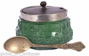 Beautiful Vintage Decor Green Glass sugar bowl With Spoon & stopper. G16-131