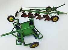 TRU SCALE ERTL  JOHN DEERE FARM TRACTOR IMPLEMENTS BOTTOM PLOW & CENTERFOLD DISK