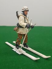KING AND COUNTRY GERMAN SOLDIER WINTER SKI FIGURE 2453