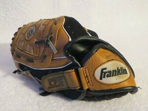 "Franklin CFS Baseball Mitt ""fits right hand"" 4511 10 inch"