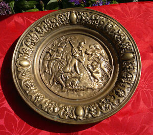 "Antique Solid Bronze Neoclassical Greek Roman Wall Plaque Plate 12""Dia 3.1 kilos"