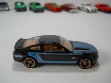 Hotwheels 2012 Ford  Mustang GT 1/64 Scale JC27