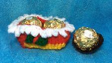 Tejer patrón y lana para 2 cubiertas de chocolate de árbol de Navidad Ferrero