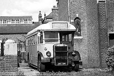 ex London Transport TD121 Hounslow Bus Photo Ref P418