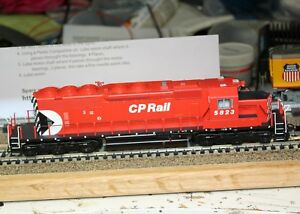 Bowser 24475 HO CP Rail Executive Line GMD SD40-2 #5823 TCS1527 WOW121 DCC/SOUND