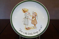 Holly Hobbie Collector's Edition Plate # 22 -703 - Made in U.S.A. 1972