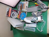 NINTENDO Wii Games Console White Bundle with Wii Sports and 5 other games