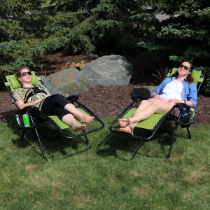 Sunnydaze Green Zero Gravity Lounge Chair with Pillow and Cup Holder - Set of 2