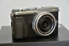 Fujifilm X70 Digital Camera, 16.3mp, 18.5mm f2.8, Silver, Boxed and Immaculate