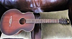1930s Antique Oahu Hawaiian Square Neck Vintage Guitar Old Slide Project (Regal)