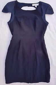 EUC Finders Keepers Sz S Dress Navy Blue Cap Sleeve Event Races Evening Party