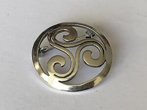Vintage Hallmarked Silver Open Work Round Celtic Pin Brooch Ladies Jewellery