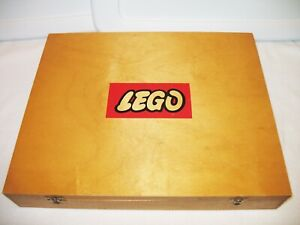 LEGO Large Wooden Box with Lattice AND vintage pieces! RARE! (1966-70)
