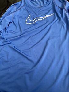 nike pro  dri fit long sleeve fitted Youth XL Royal Blue