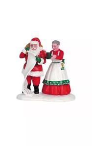 LEMAX Chocolate to Go -Santa & Mrs Claus Holiday Village Accent