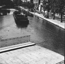 PARIS c. 1947 - Autos Péniche Canal Saint-Martin - Négatif 6 x 6 - N6 P168