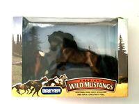 Breyer - America's Wild Mustangs  Ventoso, Rose Grey Stallion & Roca Foal 750146