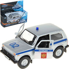 Lada 4x4 Niva Russian Police Diecast Model Car Off-road Vehicle Scale 1:36