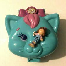 Polly Pocket mini Spieldose grün Katzenkopf Schlafzimmer 1 Figur Bluebird