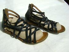 "Ladies""Clarks"" Black Leather Strappy Sandals Size 5.5 D"