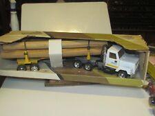 John Deere Log Truck, Heavy Duty, with logs 1/24 scale(?)