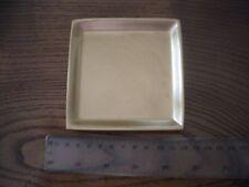 8 piatti in ceramica oro