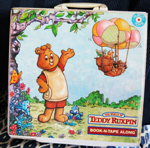 Teddy Ruxpin Book N Tape Along Case Holds 6 Books Tapes EMPTY