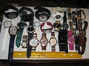 vintage junk drawer lot,mens & ladies quartz watches,Croton,Invicta chronograph