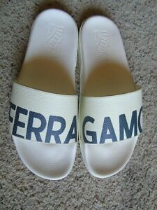 NEW S. FERRAGAMO WHITE/NAVY POOL FLIPPERS US11M MADE IN ITALY $295+TAX RETAIL